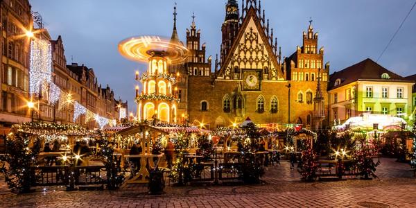 Những khu chợ Giáng sinh lộng lẫy cho du học sinh ở châu Âu - Ảnh 6.