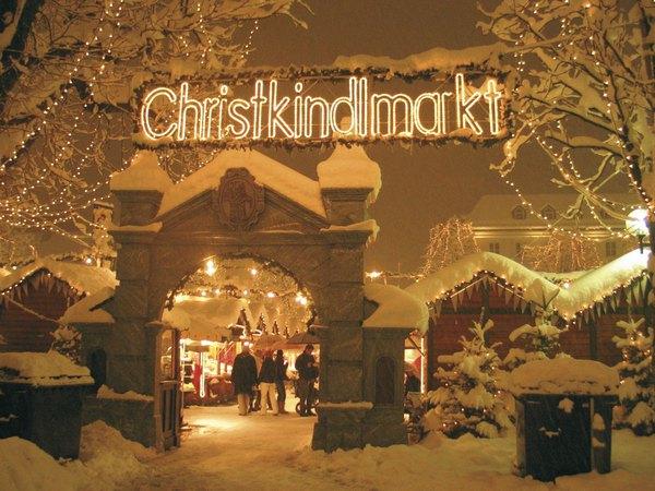 Những khu chợ Giáng sinh lộng lẫy cho du học sinh ở châu Âu - Ảnh 15.