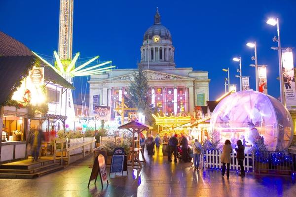 Những khu chợ Giáng sinh lộng lẫy cho du học sinh ở châu Âu - Ảnh 17.