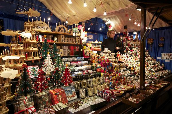 Những khu chợ Giáng sinh lộng lẫy cho du học sinh ở châu Âu - Ảnh 18.