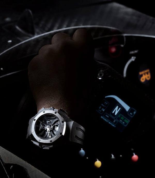 Đây chính là 8 chiếc đồng hồ đắt giá nhất trong năm 2015 - Ảnh 16.