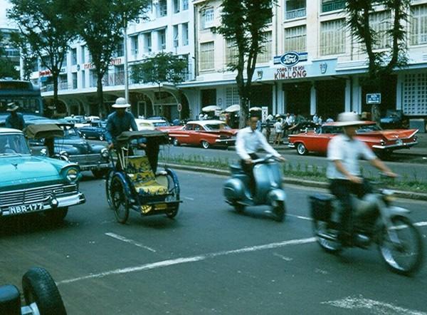 Có một Sài Gòn từng thanh lịch, duyên dáng và sành điệu như thế này ở những năm 60! - Ảnh 5.
