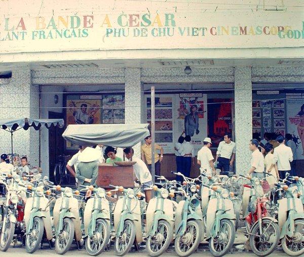 Có một Sài Gòn từng thanh lịch, duyên dáng và sành điệu như thế này ở những năm 60! - Ảnh 22.