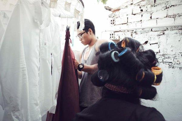 Cười lăn với bộ ảnh cưới phong cách Em là mụ nội của cặp đôi Sài Gòn - Ảnh 24.