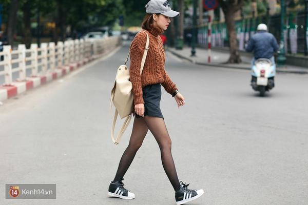 Giới trẻ Việt quay lại mê mệt mũ lưỡi trai cổ điển - Ảnh 5.