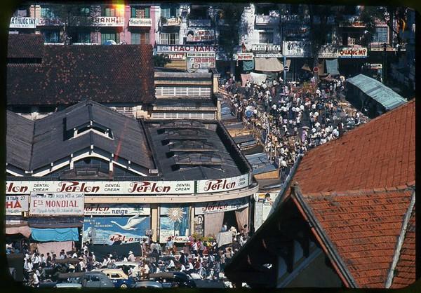 Có một Sài Gòn từng thanh lịch, duyên dáng và sành điệu như thế này ở những năm 60! - Ảnh 2.