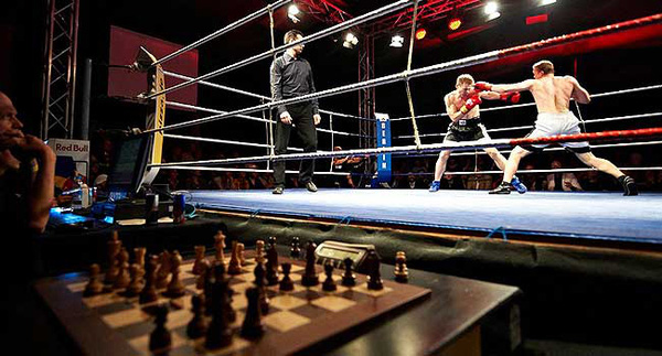 Mệt bở hơi tai cùng môn đấm bốc cờ vua - Ảnh 7.