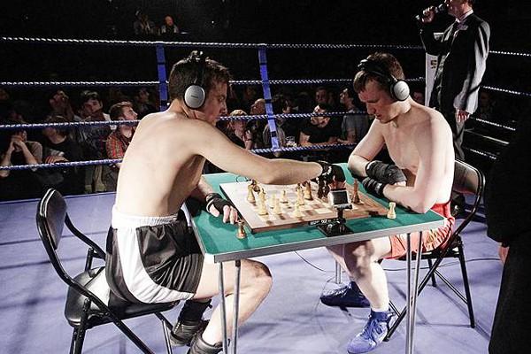 Mệt bở hơi tai cùng môn đấm bốc cờ vua - Ảnh 8.