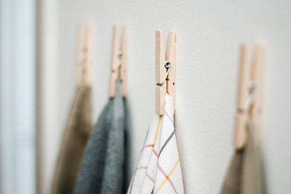 7 mẹo vặt với kẹp quần áo, kẹp gỗ quanh nhà không biết thì phí - Ảnh 12.
