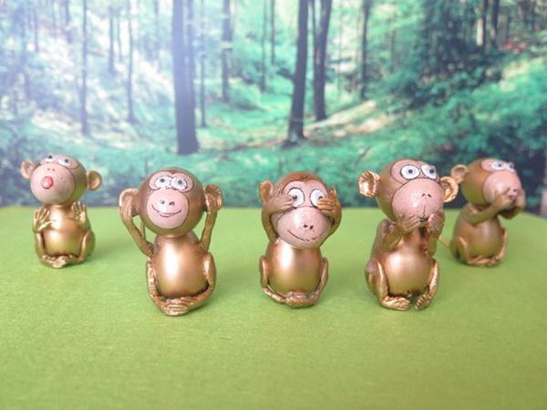 Nghệ nhân làm gần 40 chú khỉ bằng vỏ trứng để chúc Tết - Ảnh 4.