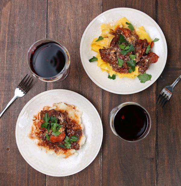 Ăn tối kiểu sang chảnh với ragu sườn nấu vang đỏ - Ảnh 3.
