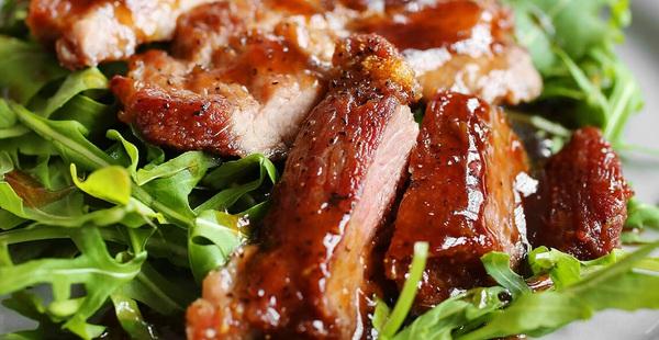 Vừa đói vừa thèm với thịt rán sốt mật ong ngon hết chỗ chê