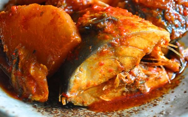 Cá kho theo kiểu Hàn Quốc ăn một lần nhớ mãi
