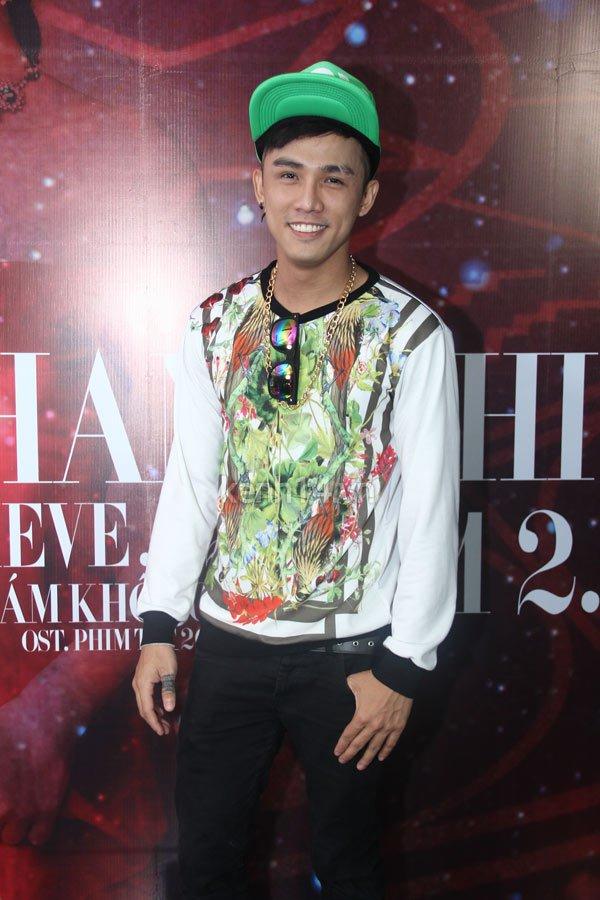 Lâm Chí Khanh nhận mình là ca sĩ chuyển giới đẹp nhất Việt Nam 12