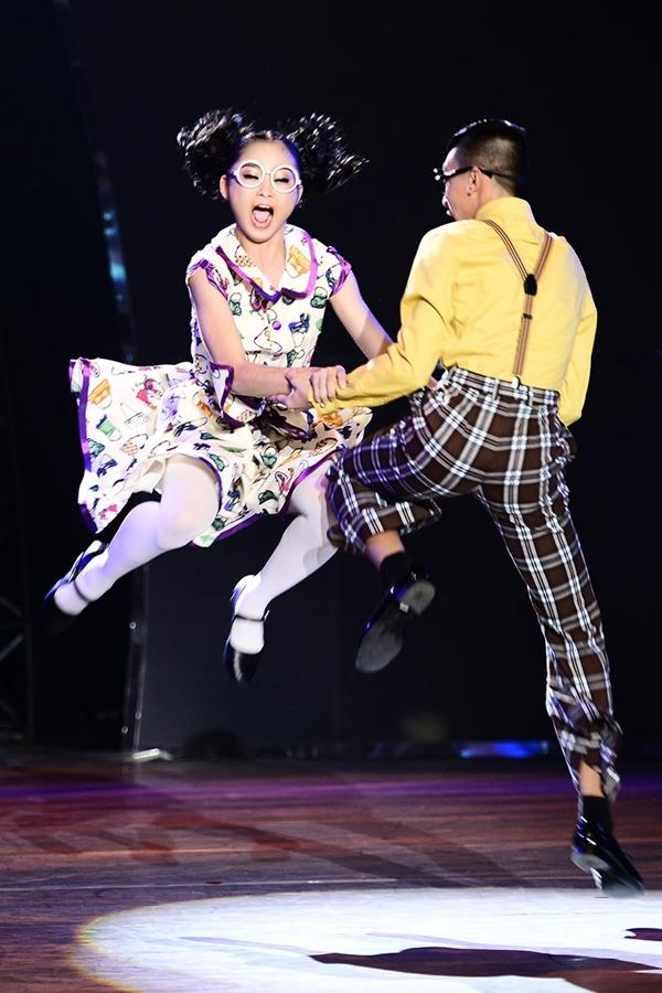 So You Think You Can Dance: Đua vào Top 4 7