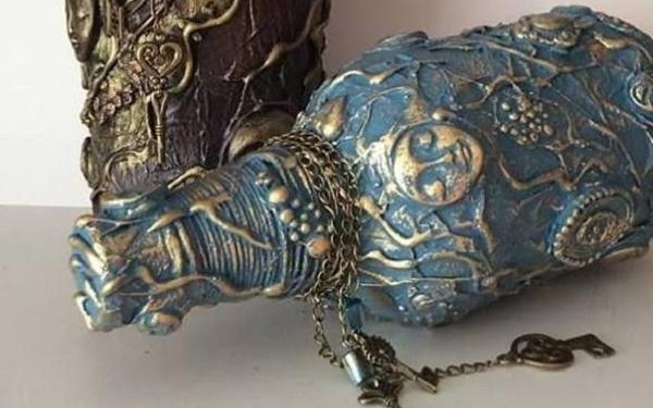 Hướng dẫn làm bình trang trí giả cổ từ chai thủy tinh cũ