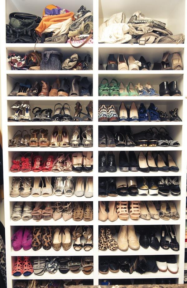Ngó nghiêng tủ đồ của các fashionista thế giới 56