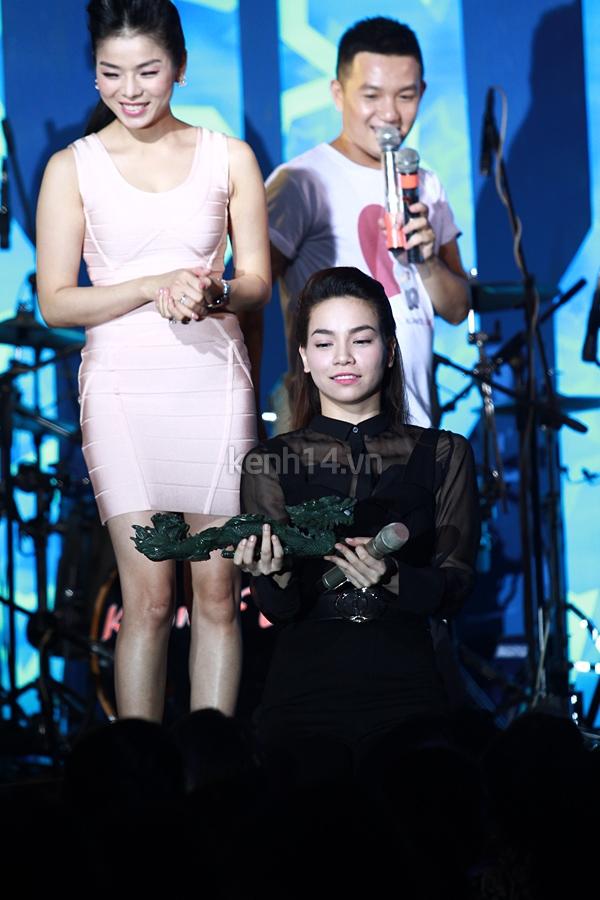 Ấm áp đêm nhạc ủng hộ Wanbi Tuấn Anh 3