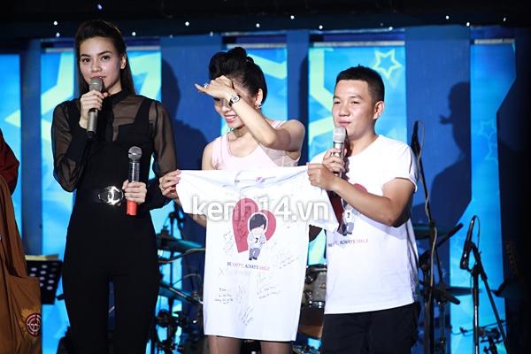 Ấm áp đêm nhạc ủng hộ Wanbi Tuấn Anh 4