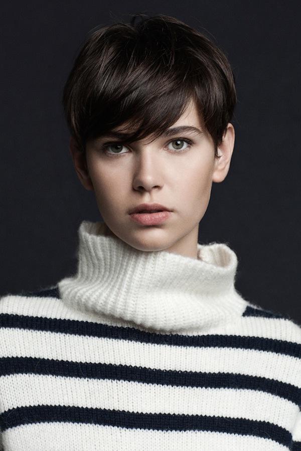 Update lookbook mới của Zara, Free People, Mango 5