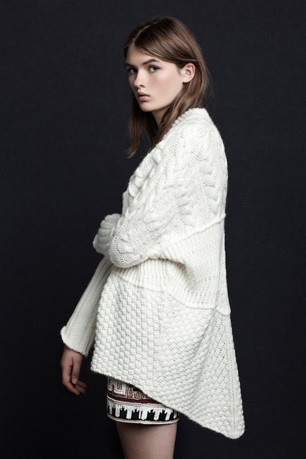 Update lookbook mới của Zara, Free People, Mango 13