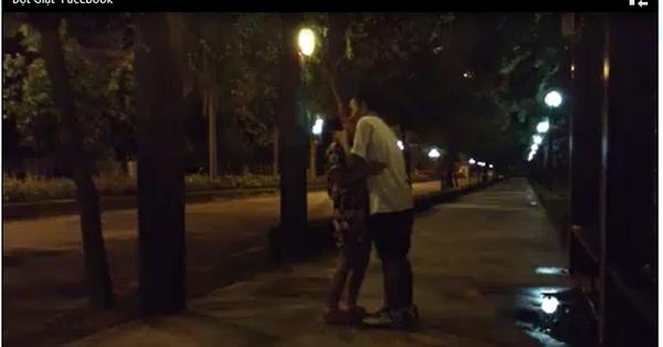 Thiện Thanh – con gái nhạc sỹ QUỐC TRUNG mới chia sẻ trên trang cá nhân một  clip kỷ niệm 4 tháng yêu nhau cùng nụ hôn cực kỳ độc đáo với ...