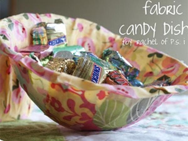 Tận dụng vải thừa chế… bát đựng kẹo