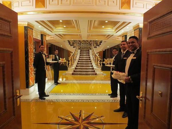 C 243 G 236 B 234 N Trong Kh 225 Ch Sạn Dubai Quot Sang Chảnh Quot Nhất Thế Giới
