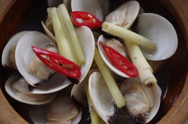 Tươi ngon với hàng hải sản 20k ở Tân Bình