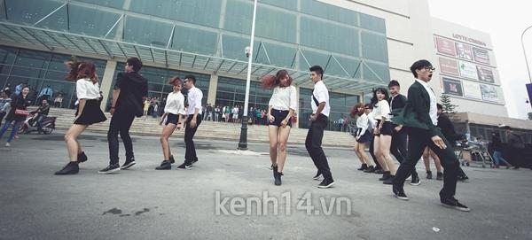 """Chi Pu bất ngờ xuất hiện trong """"Gangnam Style"""" chất lừ của St.319 6"""