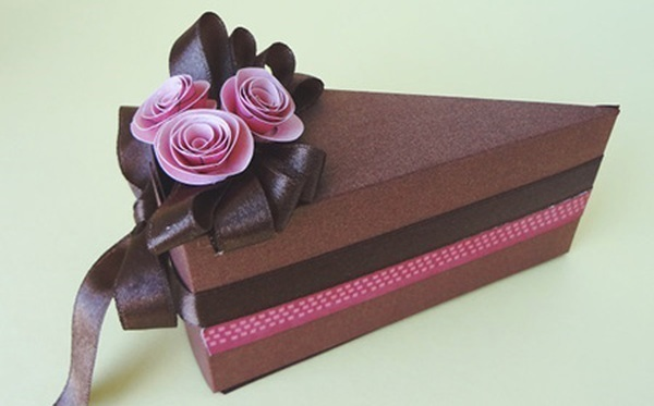 Tự chế hộp quà miếng bánh ngọt ngào đáng yêu