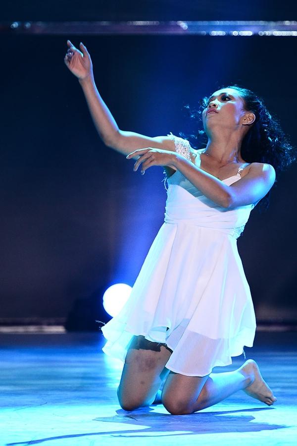 """Quỳnh Trang, Tuấn Đạt chia tay """"Bước nhảy"""" 6"""