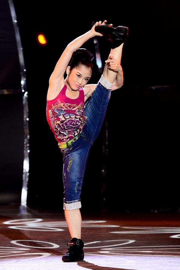 """Quỳnh Trang, Tuấn Đạt chia tay """"Bước nhảy"""" 9"""