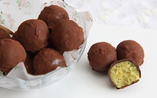 Viên sô-cô-la nhân khoai lang cực kì độc đáo