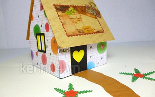 """Bí mật """"ngôi nhà hạnh phúc"""" trong tấm thiệp"""