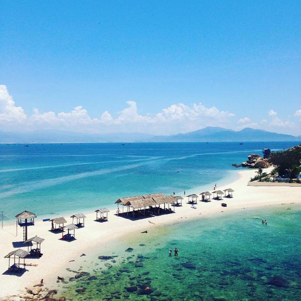 Bãi tắm đôi vô cùng độc đáo ở Nha Trang: Thiên đường trên mặt đất là có thật! - Ảnh 3.