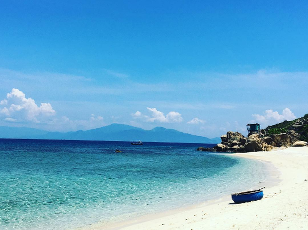 Bãi tắm đôi vô cùng độc đáo ở Nha Trang: Thiên đường trên mặt đất là có thật! - Ảnh 6.