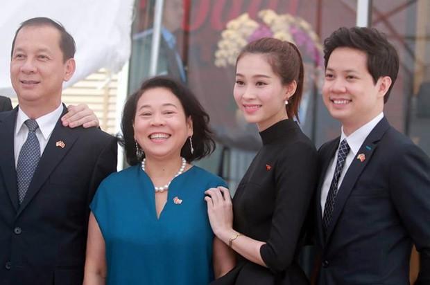 Hoa hậu Thu Thảo cảm ơn bạn trai vì cơ hội diện kiến Tổng thống Obama - Ảnh 4.