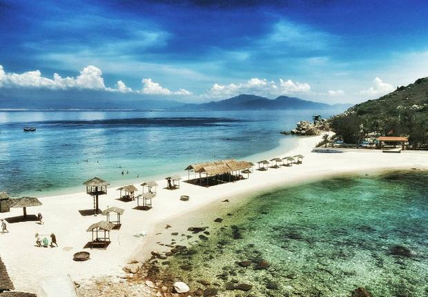Bãi tắm đôi vô cùng độc đáo ở Nha Trang: Thiên đường trên mặt đất là có thật! - Ảnh 4.