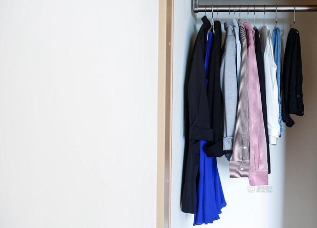 Lối sống tối giản của giới trẻ Nhật: Gia sản chỉ có 3 cái áo, 4 cái quần và 4 đôi tất - Ảnh 15.