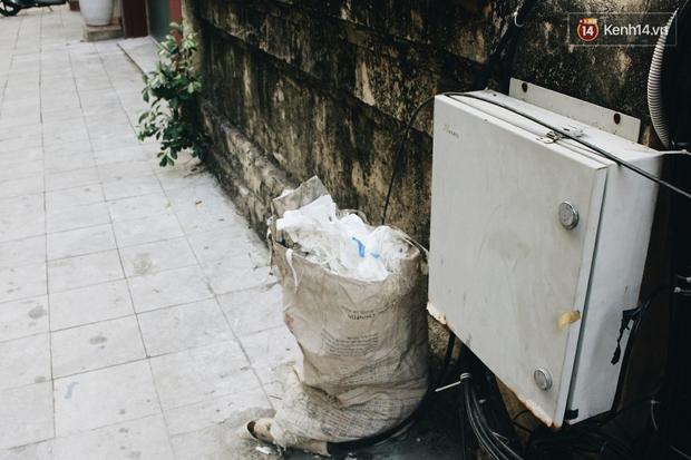Giật mình tờ thông báo nhắn các bạn nhiếp ảnh gia đừng xả rác ở khu tập thể Lý Đạo Thành - Ảnh 13.