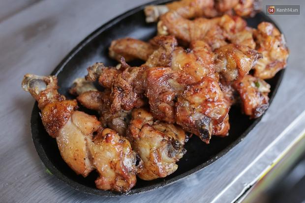 Mì bay - chứ không phải là Mì cay nhé - mới là món ăn hot nhất Sài Gòn bây giờ - Ảnh 19.