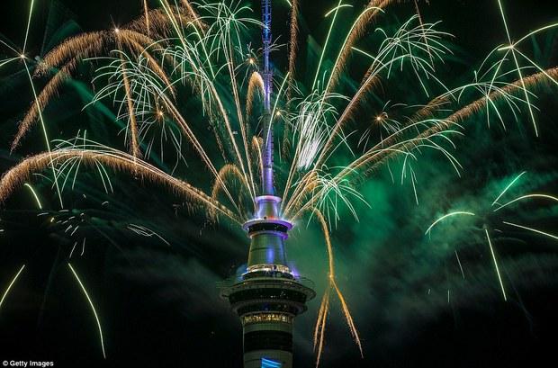Chùm ảnh: Mãn nhãn với màn trình diễn pháo hoa rực rỡ năm mới 2017 tại Australia và New Zealand - Ảnh 5.