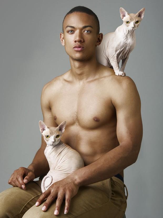 Ngắm ảnh trai đẹp 6 múi bên mèo xinh, cô nàng nào mắt cũng sáng như đèn pha - Ảnh 4.