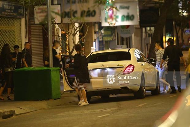 Kết thúc tiệc cưới, Trấn Thành lái xe đưa Hari Won đi ăn đêm - Ảnh 8.
