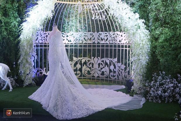 Chiếc váy cưới Trấn Thành đặt riêng cho công chúa nhỏ Hari Won đã được hé lộ! - Ảnh 2.
