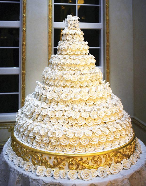 Chùm ảnh: Đám cưới xa hoa của tỷ phú Donald Trump cùng siêu mẫu Melania 11 năm trước - Ảnh 17.