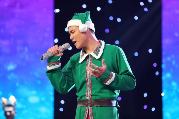 Hương Tràm, Cao Thái Sơn phát hiện ra 2 cô gái xinh đẹp mà hát dở thôi rồi! - Ảnh 11.