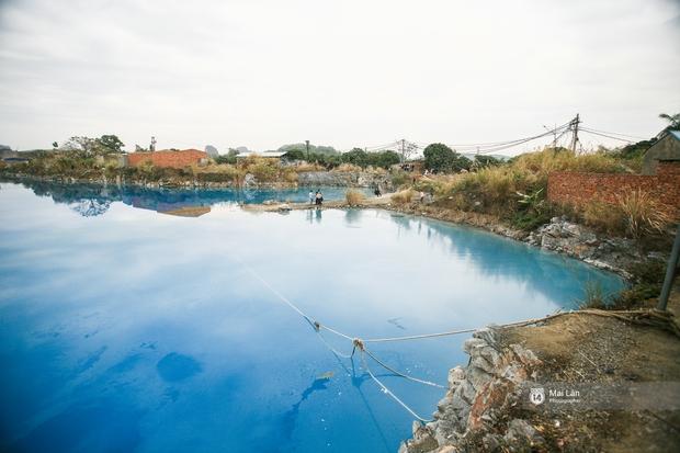 Hồ nước xanh ngắt kì lạ ở Hải Phòng: Địa điểm mới đang khiến giới trẻ xôn xao - Ảnh 4.