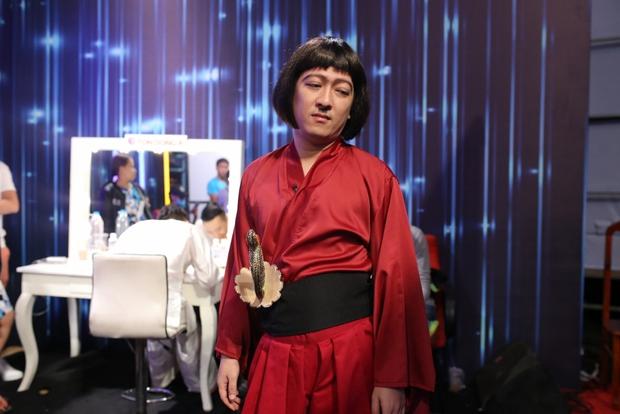 Trịnh Thăng Bình đá xoáy Trấn Thành 3D mà vẫn cưới vợ được - Ảnh 12.